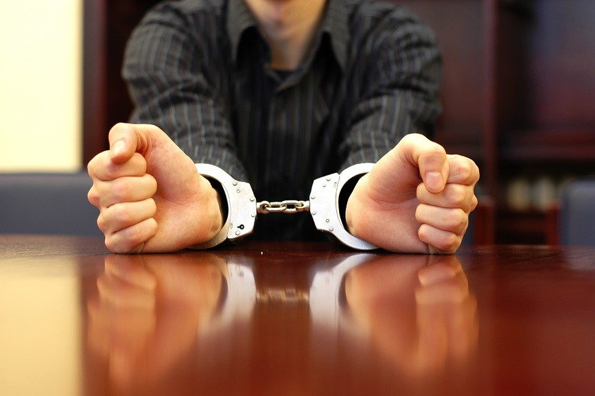 Photo handcuffs